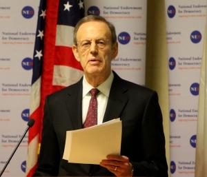 Carl Gershman Chủ tịch NED
