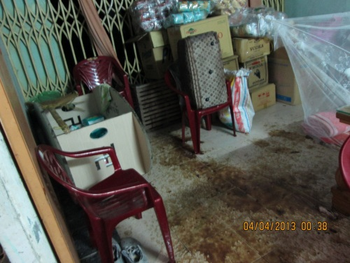 Water, rotten fish and excrements thrown into the house
